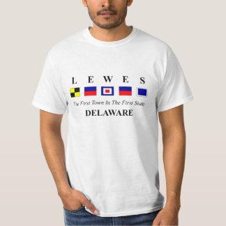 Lewes, DE 2 - soletração náutica da bandeira Tshirts