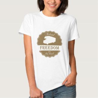 Liberdade total no pino retro da estrada t-shirt