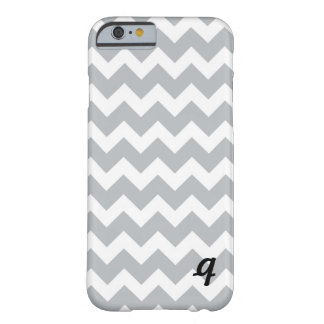 Listra cinzenta e branca de Chevron Capa Barely There Para iPhone 6
