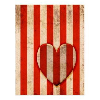 Listras do vermelho do coração do vintage cartão postal