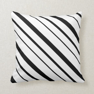 Listras graduadas preto e branco travesseiro de decoração