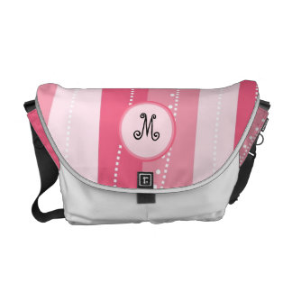 Listras onduladas cor-de-rosa com o saco personali bolsas mensageiro