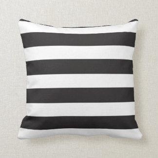 Listras pretas & brancas travesseiro