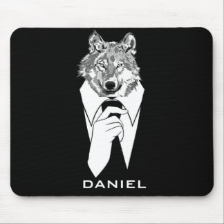 Lobo engraçado do hipster com o smoking preto mouse pad