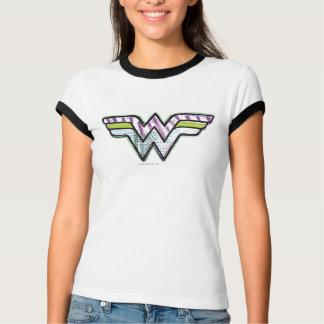 Logotipo colorido do esboço da mulher maravilha camisetas