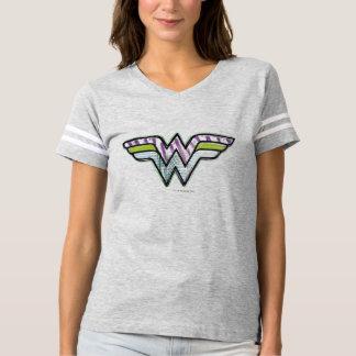 Logotipo colorido do esboço da mulher maravilha tshirt