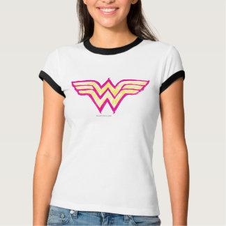 Logotipo cor-de-rosa da mulher maravilha e amarelo camisetas
