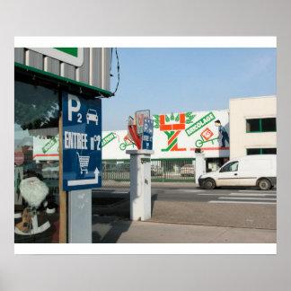 Loja com uma grande pintura mural, France de DIY Posteres