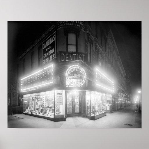 Loja de canto em Noite, 1920 Posters