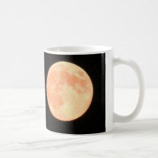 Lua cheia caneca de café