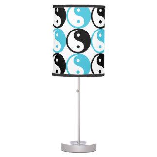 Luminária De Mesa Teste padrão azul e preto de yang do yin