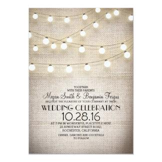 Luzes rústicas do laço e da corda de serapilheira convite 12.7 x 17.78cm