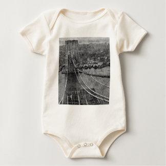 Macacãozinho Para Bebê construção de ponte de Brooklyn da Nova Iorque dos