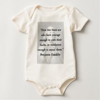 Macacãozinho Para Bebê Coragem bastante - Benjamin Franklin