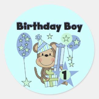 Macaco do menino com primeiro aniversario dos adesivo