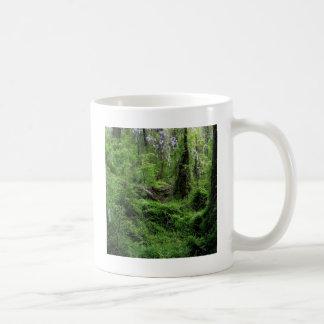 Madeira mais verde da árvore canecas