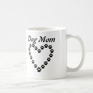 Mamã do cão com coração do impressão da pata canecas