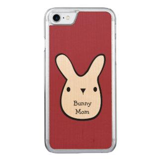 Mamã do coelho (customizável) capa iPhone 7 carved