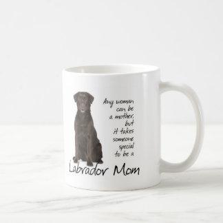 Mamã do laboratório do chocolate caneca de café