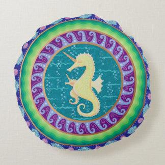 Mandala dourada do cavalo marinho do unicórnio almofada redonda