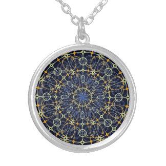 Mandala místico colar banhado a prata