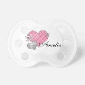 Manequim personalizado com as flores dos corações  chupeta para bebê