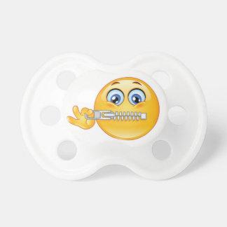 Manequim próximo fechado de Emoji, Pacifier Chupeta De Bebê