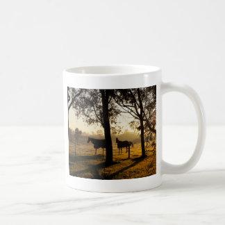 Manhã do inverno caneca de café