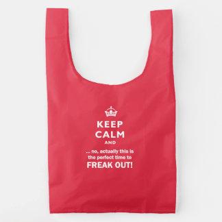 Mantenha a calma, arrepiante para fora!
