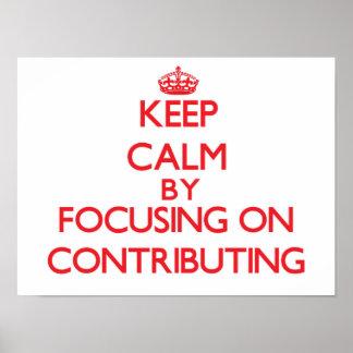 Mantenha a calma centrando-se sobre a contribuição impressão