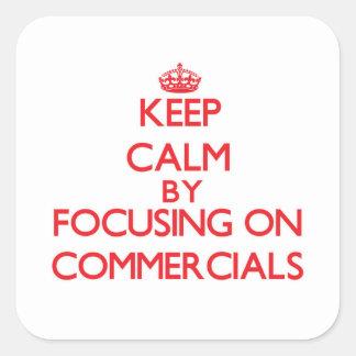 Mantenha a calma centrando-se sobre anúncios adesivos