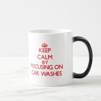 Mantenha a calma centrando-se sobre lavagens de caneca