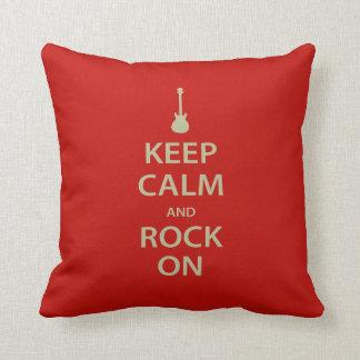 Mantenha a calma e balance-a sobre! almofada