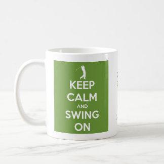 Mantenha a calma e balance no verde personalizado caneca de café