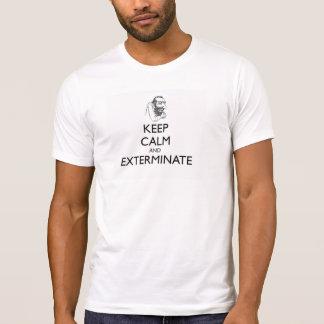 Mantenha a calma e elimine-a camisetas