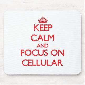 Mantenha a calma e o foco em celular mousepad