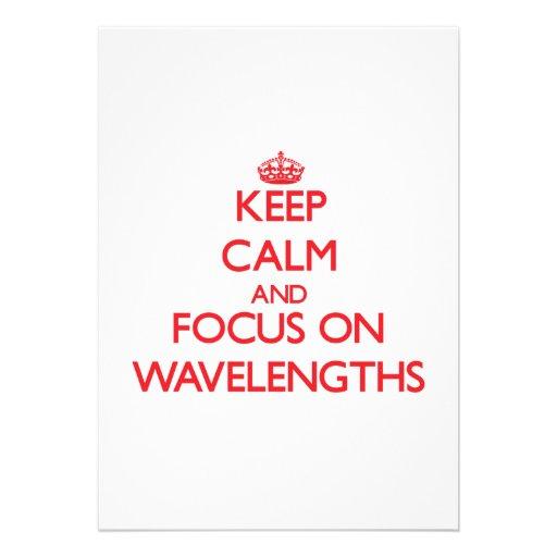 Mantenha a calma e o foco em comprimentos de onda convites personalizados
