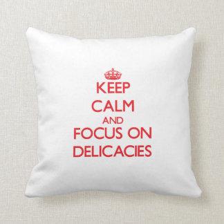 Mantenha a calma e o foco em guloseimas travesseiro de decoração