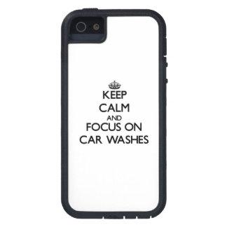 Mantenha a calma e o foco em lavagens de carros iPhone 5 capas