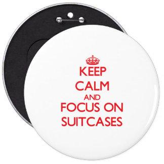 Mantenha a calma e o foco em malas de viagem botons