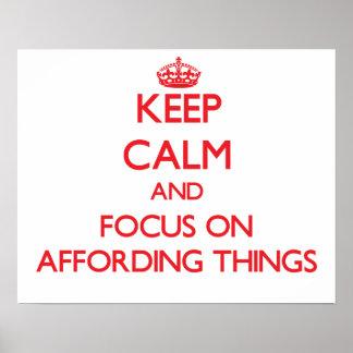 Mantenha a calma e o foco em TER RECURSOS PARA COI Posters