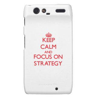 Mantenha a calma e o foco na estratégia droid RAZR capas