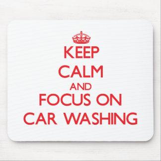 Mantenha a calma e o foco na lavagem do carro mouse pad