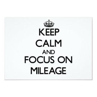 Mantenha a calma e o foco na milhagem convite 12.7 x 17.78cm