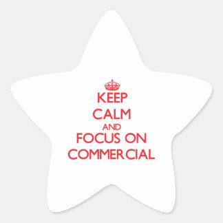 Mantenha a calma e o foco no anúncio publicitário adesivo em forma de estrela
