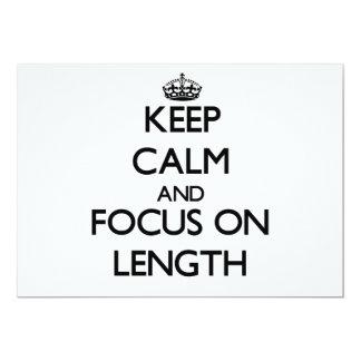 Mantenha a calma e o foco no comprimento convite personalizado