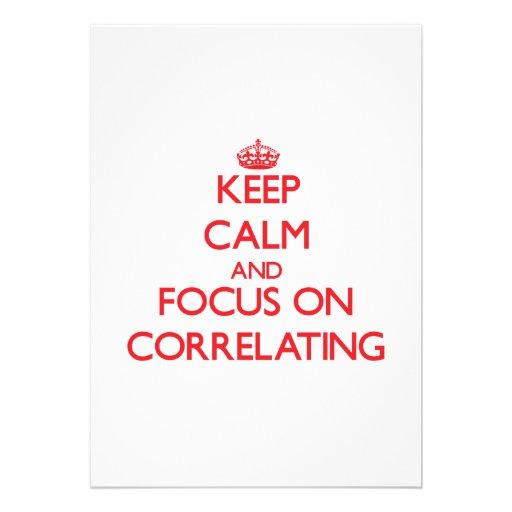 Mantenha a calma e o foco no correlacionamento convite personalizado