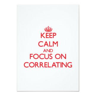 Mantenha a calma e o foco no correlacionamento convite 12.7 x 17.78cm