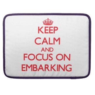 Mantenha a calma e o foco no EMBARQUE Bolsa Para MacBook
