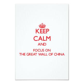 Mantenha a calma e o foco no Grande Muralha de Convite 8.89 X 12.7cm
